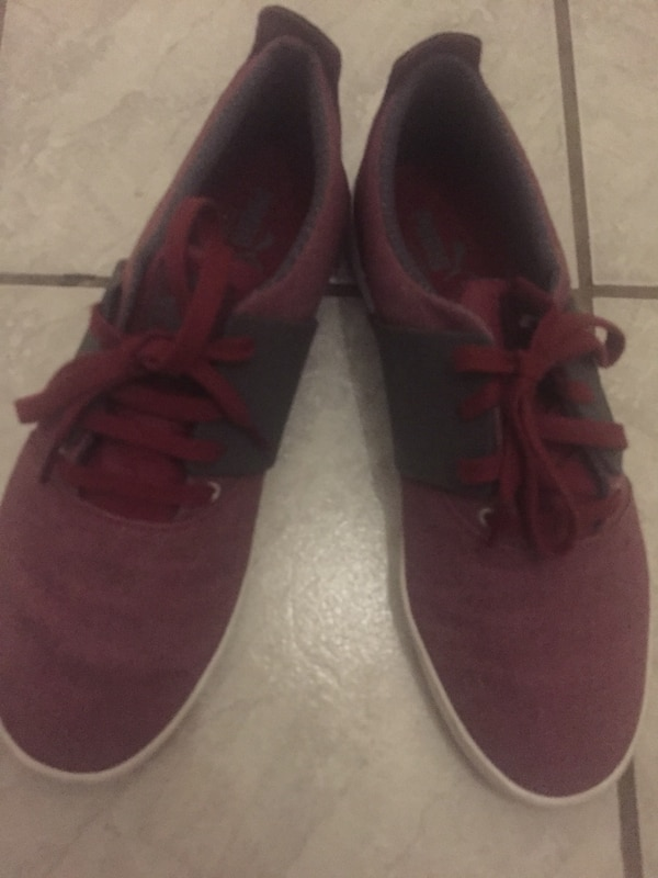 ada1f99734d Used Red Puma shoes sz 11 for sale in Chicago - letgo
