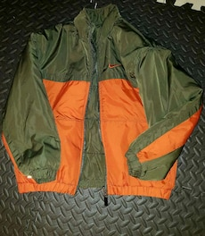 Nike jacket youth size medium