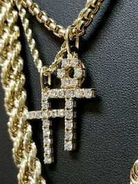 gold-colored chain necklace with cross pendant Hollywood, 33021
