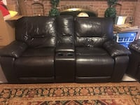 Brown leather 2-seat recliner sofa Silver Spring, 20906