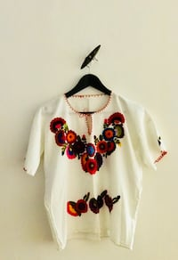 A original mexican blouse with embroidery. Oslo, 0262