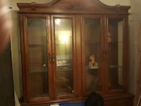 Hardwood hutch and bufet Langley, V1M 3E3