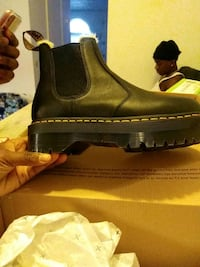 Dr Marten Chunky Sole Chelsea Boots