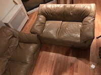 Leather 3-seat sofa and loveseat