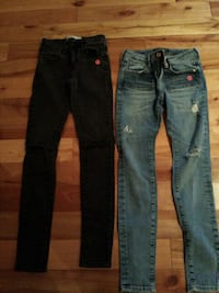 two pairs of blue and black jeans Repentigny, J5Z 3H2