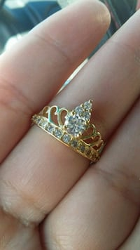 Crown 18kgp ring new size 8 with zirconias  Fort Worth, 76119