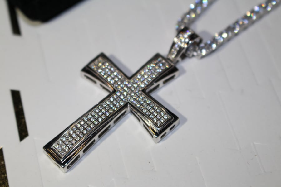 3MM SOLID 925 SILVER ICED OUT FLOODED LAB SIMULATED DIAMONDS 60CT TENNIS CHAIN NECKLACE W/ ICED OUT CROSS 20CT PENDANT 0bdccb1d-93ab-41a6-bb50-a944f38af329