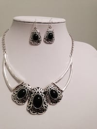 Fashion Silver Plated Antique Look Black & Silver Earrings Necklace Set. Riverdale, 30296
