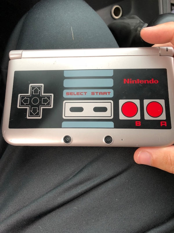 NES limited edition 3Ds xl