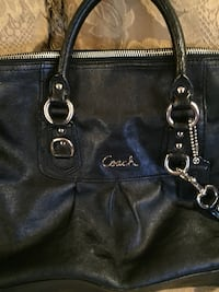 Coach Leather Purse Adelphi, 20783
