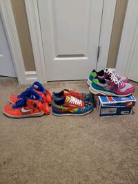 All sz. 10, all in very good condition Sherwood Park, T8H 0N9