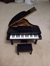 American Girl Toy Grand Piano Annandale, 22003