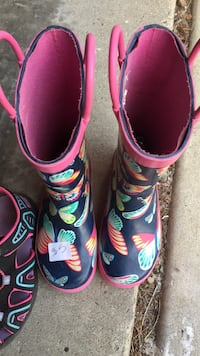Pair of pink-and-blue rubber boots Sherwood Park, T8H 1T2