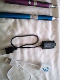 blue and black hair curler