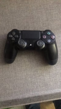 Black sony ps4 dualshock 4 58 km
