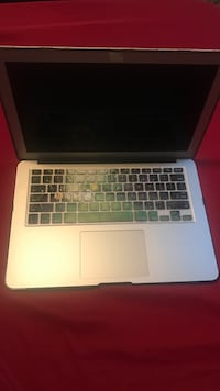 MacBook Air (2017) Woodbridge, 22193