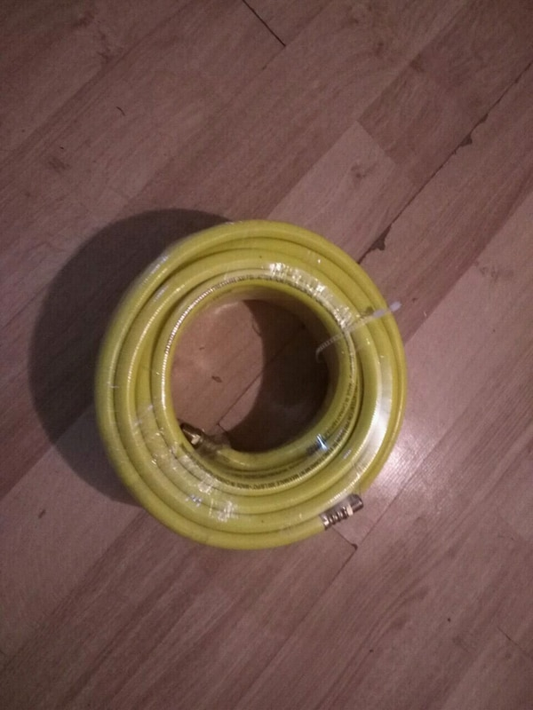 300 psi air hose brand new.