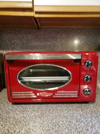 Red and black toaster oven Wyandanch, 11798
