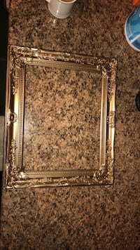 Rectangular gold-colored photo frame Liverpool, 13090