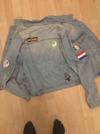 Forever 21 Jean Jacket Large Iron on Patches Toronto