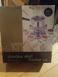 Brand new fondue set  Mississauga, L5N 7N4
