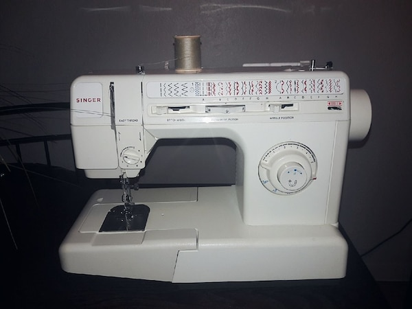 Used Singer 40c Sewing Machine For Sale In Anchorage Letgo Delectable Brother 2410 Sewing Machine