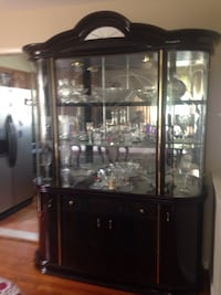 Dark-brown wooden china cabinet Silver Spring, 20903