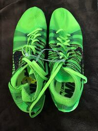 Pair of green-and-black cleats w/o spikes Berryville, 22611