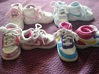three pairs of assorted shoes Winterhaven, 92283
