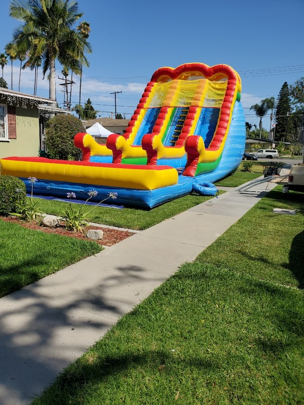 Water slide  20h x40Lx18W rent   2