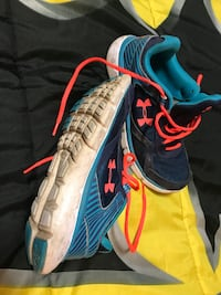 pair of blue-and-red running shoes Halifax, B4B 1G9