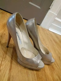 Brian Atwood shoes silver/pearl/oyster 783 km