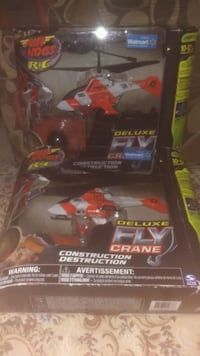 Air Hogs R/C Deluxe Fly Crane - Red