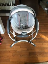 Graco 2in1 swing and bouncer Bordentown, 08505