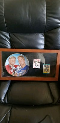 Collectors plate and cards