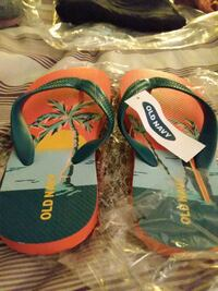 BATH FLIP FLOPS FROM OLD NAVY
