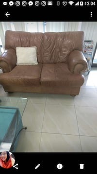Brown couch in good condition Miami, 33179