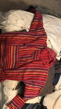 Large sweater  Kitchener, N2B 2N7