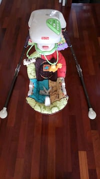 Fisher Price Cradle N Swing - Luv U Zoo Brampton, L7A 0G1