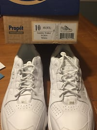 *New*Propét white sneakers- size 10