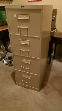 4 drawer office filing cabinet Beaumont, T4X 1W4