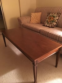 MOVING TMRW - must sell today - Coffee table solid wood - excellent condition Brampton, L6S 1Z5
