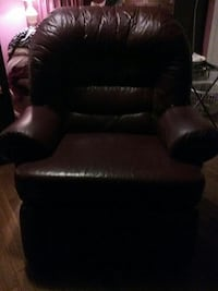 Recliner, Italian leather  large size fit the big and tall Silver Spring, 20906