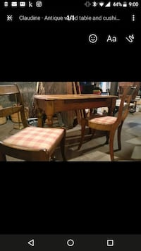 Antique table and chair Hamilton, L9A 3M8
