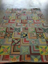 white, red, and green area rug Gaithersburg, 20878