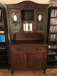 Antique Hutch, With Stain Glass, 2 Piece Toronto, M4Y