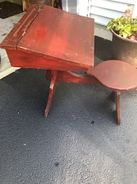Antique children's desk Eatontown, 07724