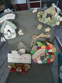 Wooden decorations 2 for spring  Omaha, 68114