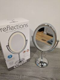 LED mirror with 2x and 10x zoom Sammamish