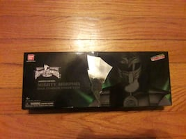 2015 NYCC limited edition mighty Morphin dino charger power pack